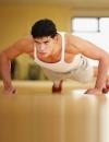как в домашних условиях накачать грудные мышцы