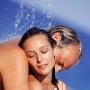 Как заниматься сексом в воде: хитрости и опасности
