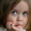 Как отучить ребенка сосать палец: план избавления