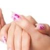 Риски для здоровья, связанные с накладными ногтями и маникюром