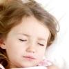 Почему ребенок скрипит зубами ночью и как это устранить