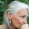 Седые волосы: почему появляется все больше и больше седины